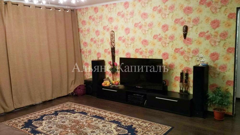 продается 4-комн квартира 79 м2, светлогорская 27д. квартира в отличном состоянии, вс ...